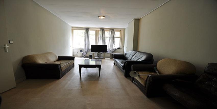 Vijf kamer appartement te huur aan de Dordselaan in Rotterdam Zuid.