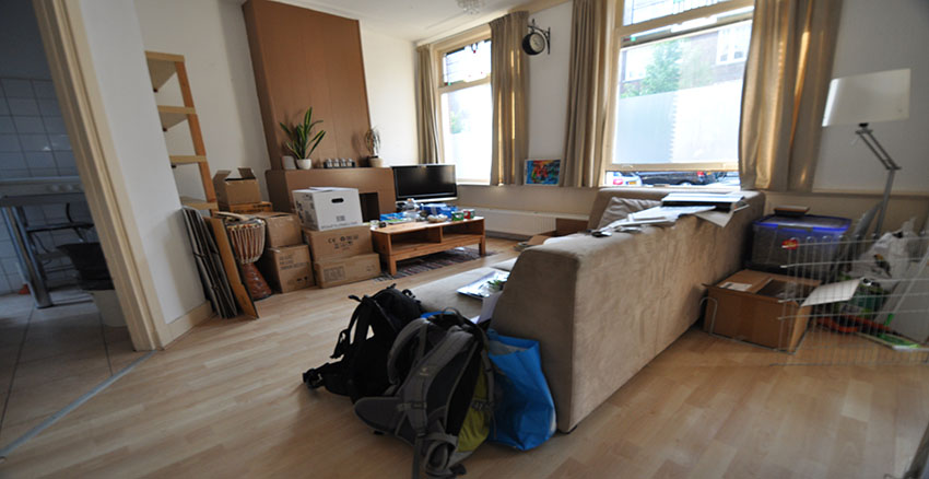 House for rent on the Insulindestraat in Rotterdam Old North with three rooms.