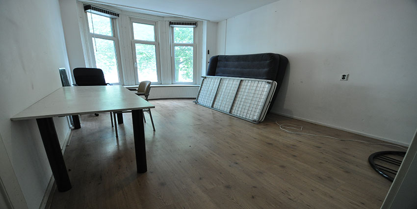 Student room for rent on the Beukelsdijk in Rotterdam Center.