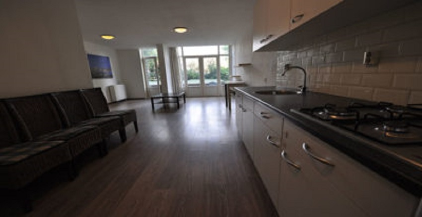 House for rent offered to Mathenesserdijk in Rotterdam West.