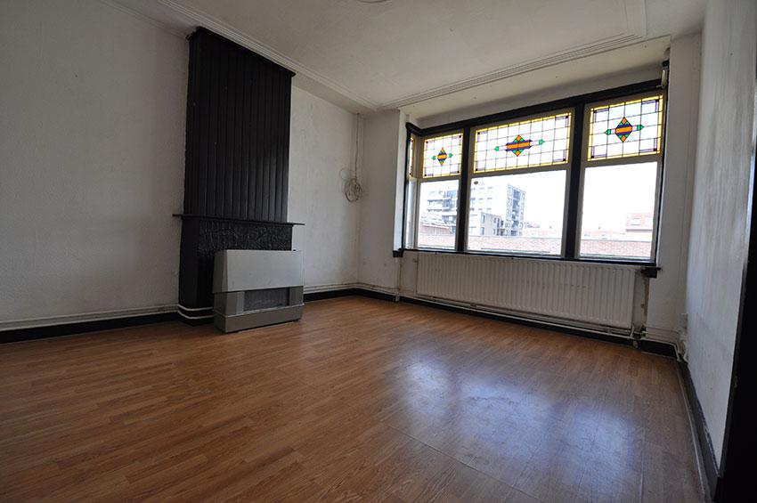 Huis te huur met vijf kamers aan de Frederikstraat in Rotterdam Crooswijk.