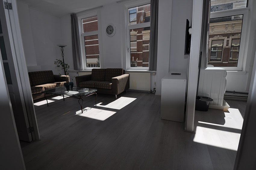 Two room apartment For rent on the Molenwaterweg in the center of Rotterdam.