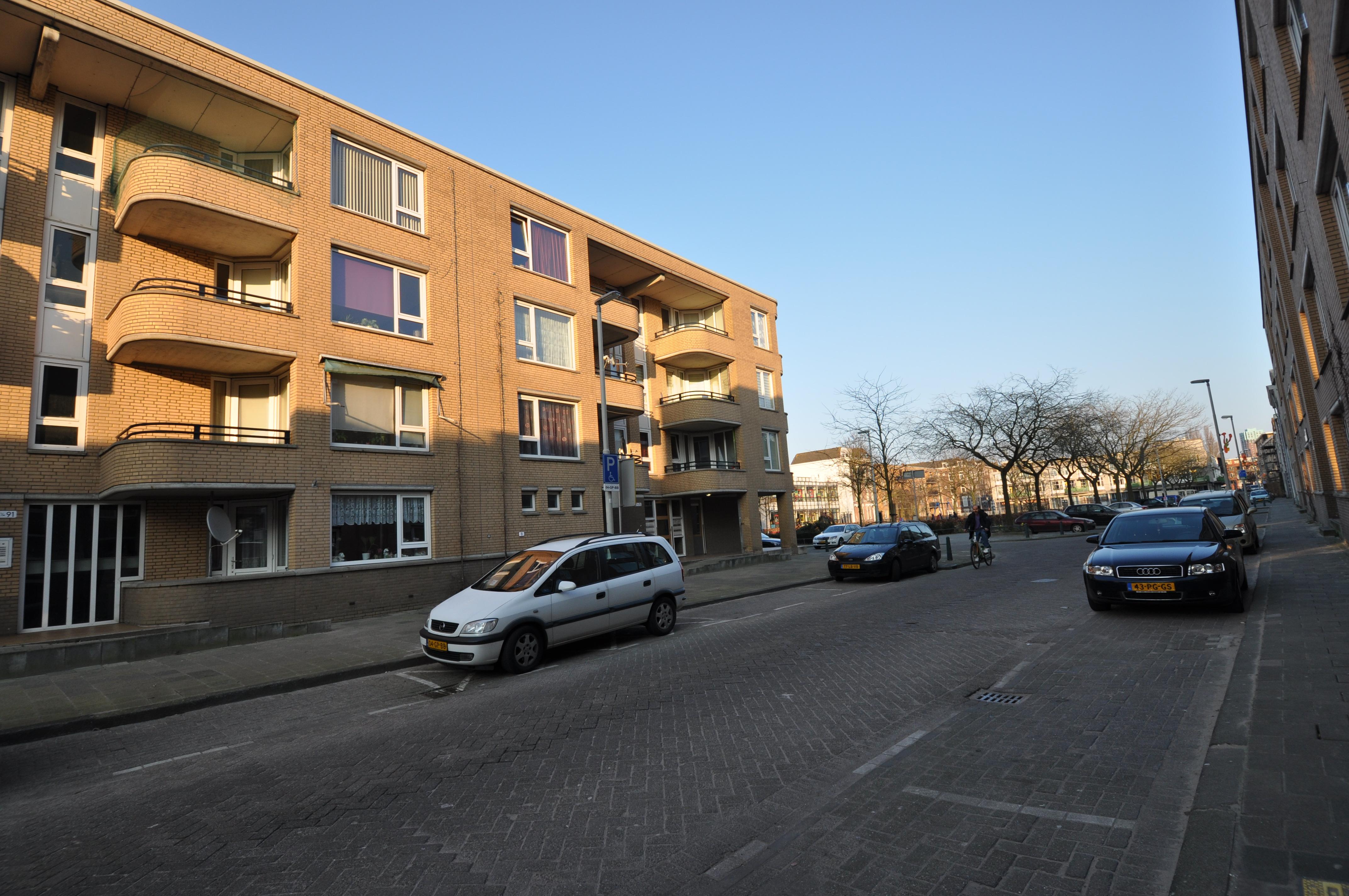 Woelwijkstraat 85: Te koop 3 kamer appartement in Rotterdam Oude Noorden.